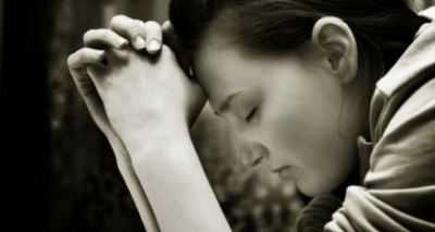 woman_praying-content
